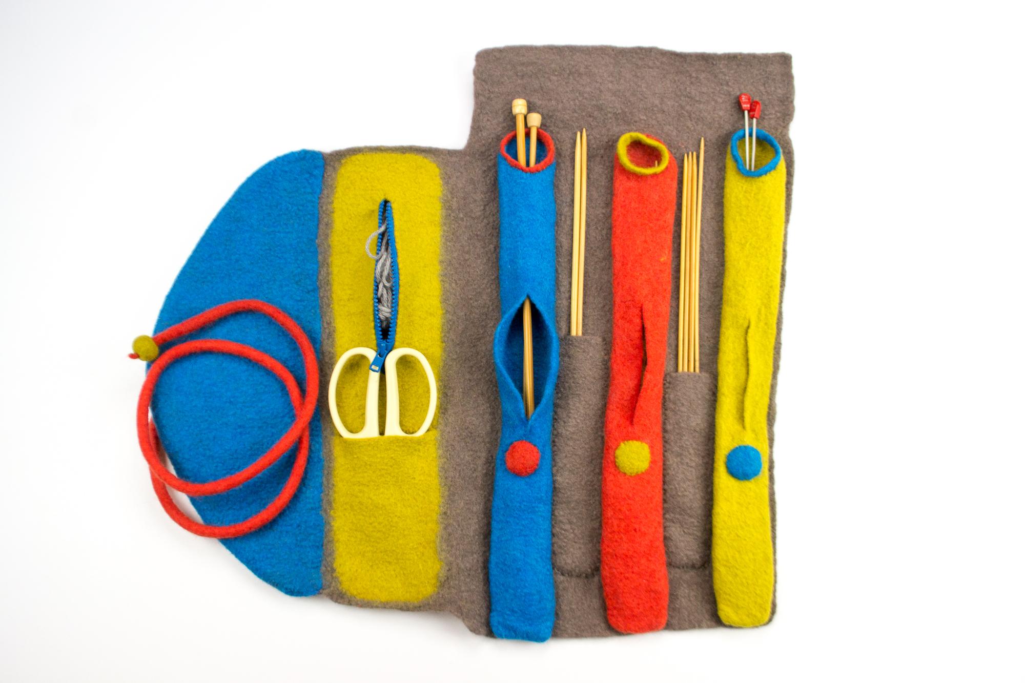 【中止】編み物道具入れ